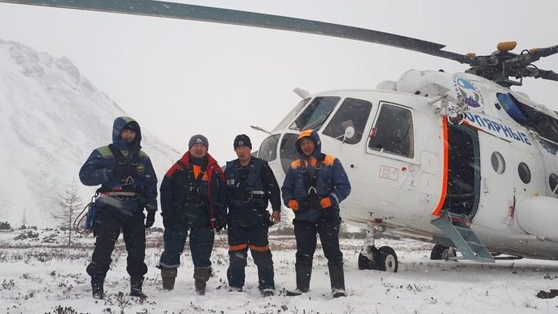 Sống sót kì diệu sau 4 ngày kẹt ở ngọn núi lạnh nhất nước Nga Ảnh 2