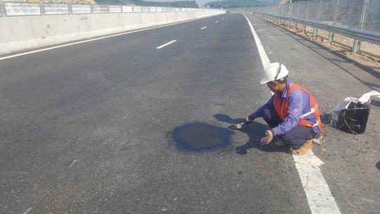 Chủ đầu tư nói gì về cao tốc Đà Nẵng – Quảng Ngãi 34.000 tỉ đầy 'ổ gà'? Ảnh 10