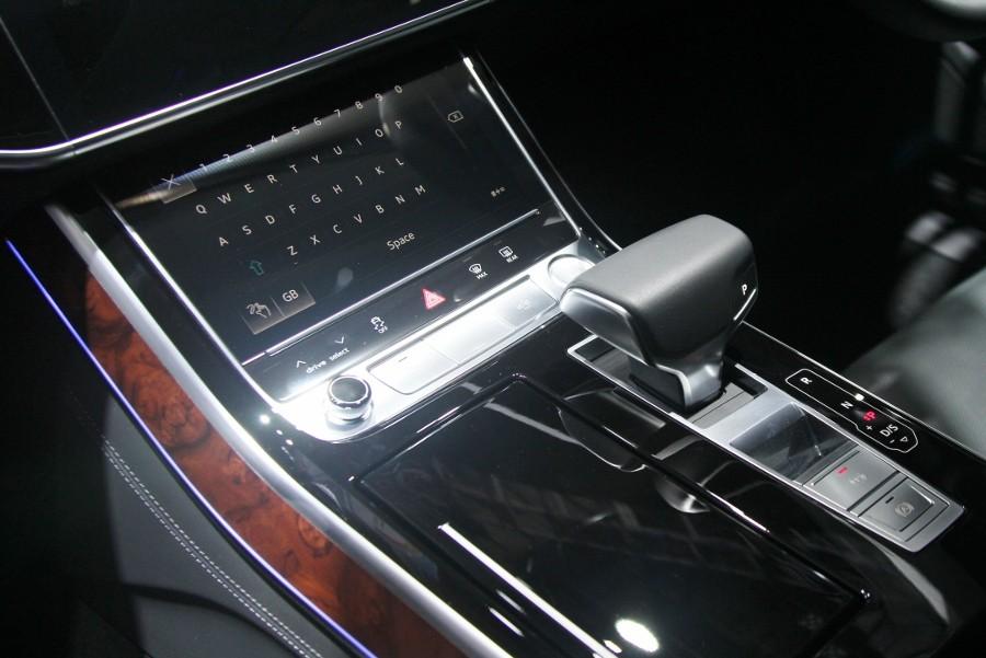 Cận cảnh Audi A8L 2018 phiên bản kéo dài giá hơn 7 tỷ đồng Ảnh 4