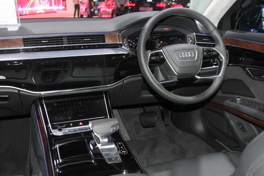 Cận cảnh Audi A8L 2018 phiên bản kéo dài giá hơn 7 tỷ đồng Ảnh 3