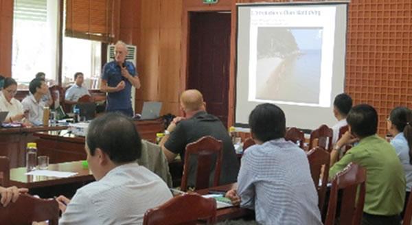 Cần kiểm soát lượng khách 'du lịch giá rẻ' tại Cù Lao Chàm Ảnh 1