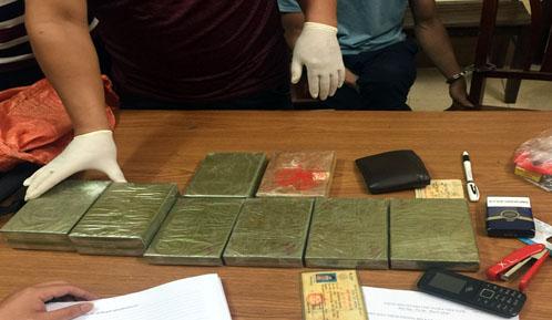 Hải quan Quảng Ninh bắt gần 30 kg ma túy trong 9 tháng Ảnh 1