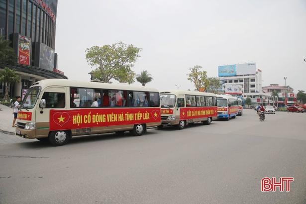 Trực tiếp play-off Nam Định vs Hà Nội B: CĐV Hà Tĩnh 'đổ bộ' sân Vinh Ảnh 1