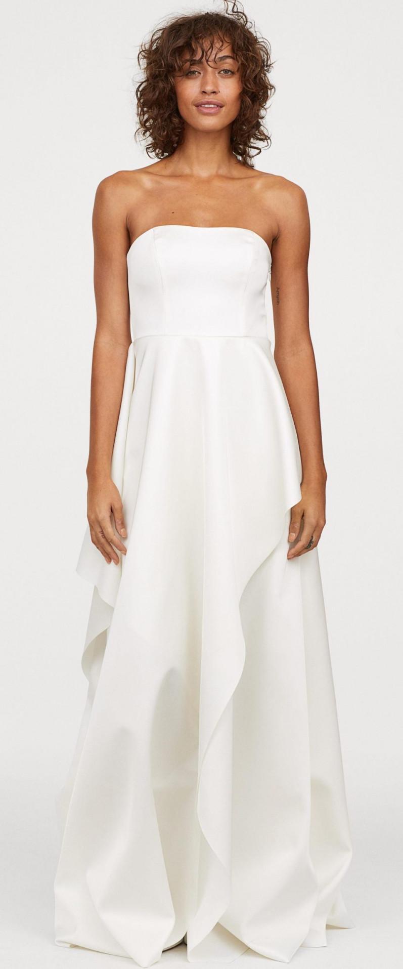 Váy cưới giá chỉ từ 1 triệu đồng cho cô dâu ngân sách eo hẹp Ảnh 1