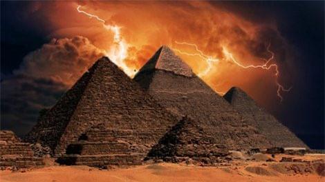 Napoleon bị 'ma ám' khi qua đêm trong kim tự tháp Ai Cập? Ảnh 9