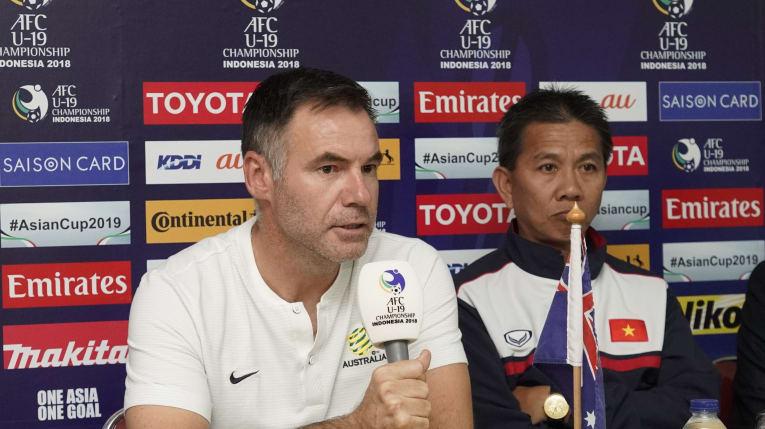 Từng thua đau ở Trung Quốc, HLV U19 Australia rất nể bóng đá Việt Nam Ảnh 1