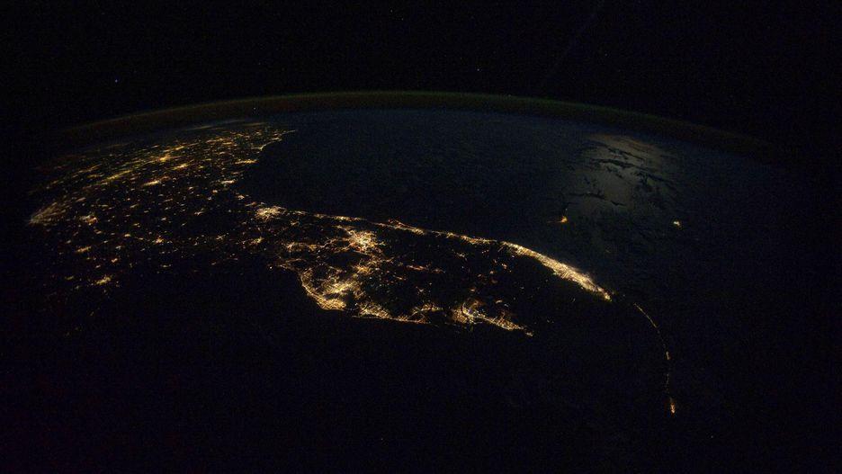 Hình ảnh Trái Đất đẹp khó tin nhìn từ trạm không gian ISS Ảnh 13
