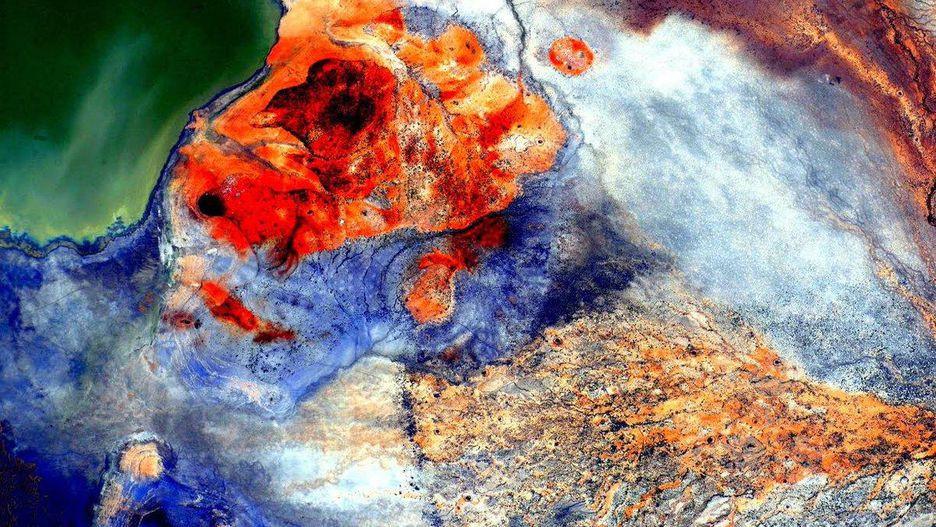 Hình ảnh Trái Đất đẹp khó tin nhìn từ trạm không gian ISS Ảnh 7
