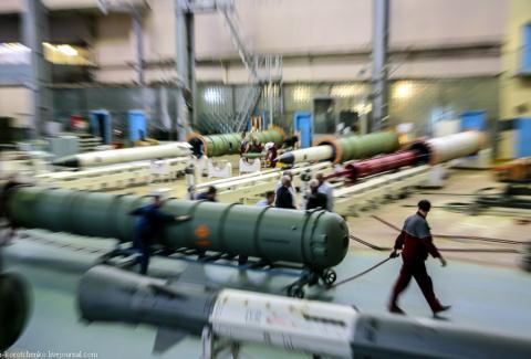 Nga trang bị hàng ngàn tên lửa 40N6 Ảnh 1