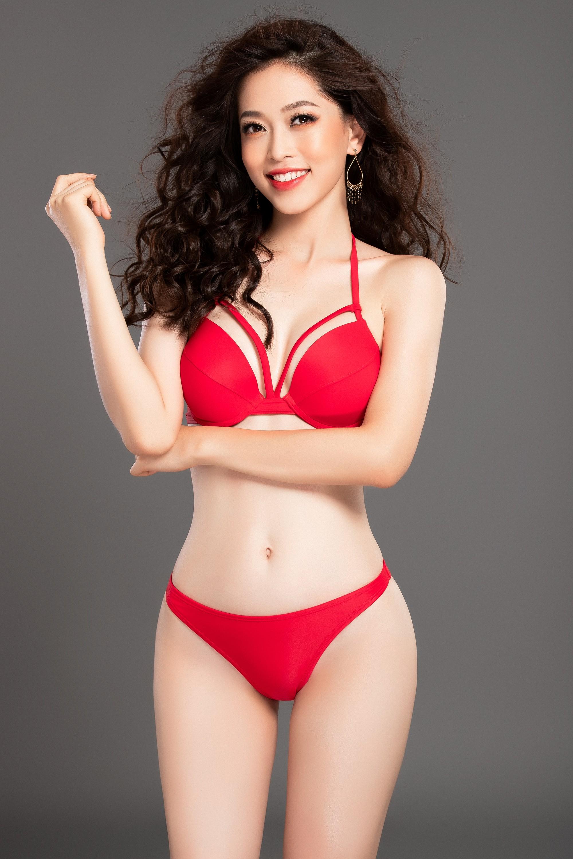 Phương Nga khoe dáng nóng bỏng trước giờ trình diễn bikini tại Miss Grand International 2018 Ảnh 2