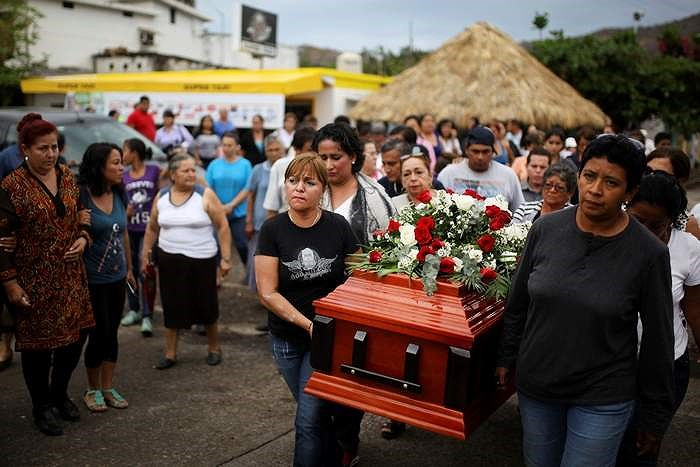 Ác mộng của những người phụ nữ đi tìm chồng để… chôn Ảnh 11