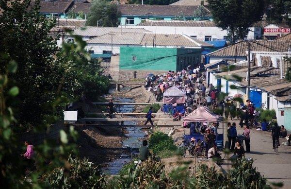 Hình ảnh chân thực về cuộc sống ở ngoại ô Bình Nhưỡng Ảnh 5