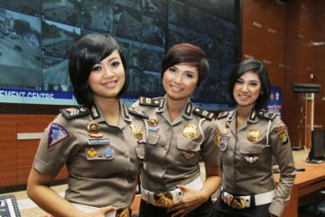 Indonesia: Rúng động chuyện nữ sinh muốn vào trường cảnh sát và quân đội vẫn bị kiểm tra trinh tiết Ảnh 1