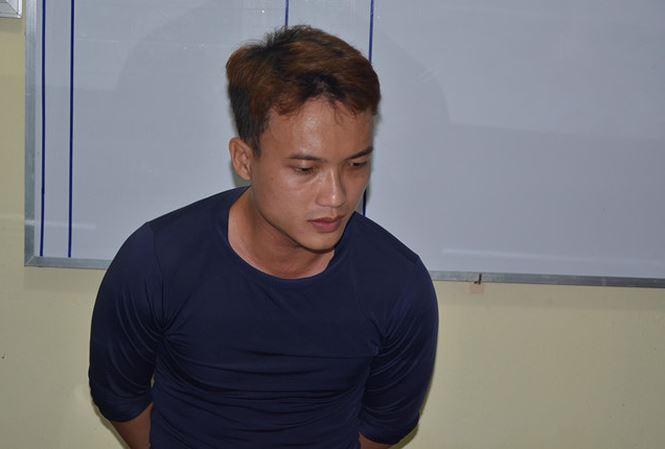 Nam thanh niên hẹn bạn trai đồng tính ra bãi đất trống tâm sự xong đánh chết cướp tài sản rồi giấu xác trong bụi lau sậy Ảnh 1