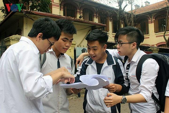 Hà Nội công bố đề thi tham khảo vào lớp 10 năm 2019 Ảnh 1