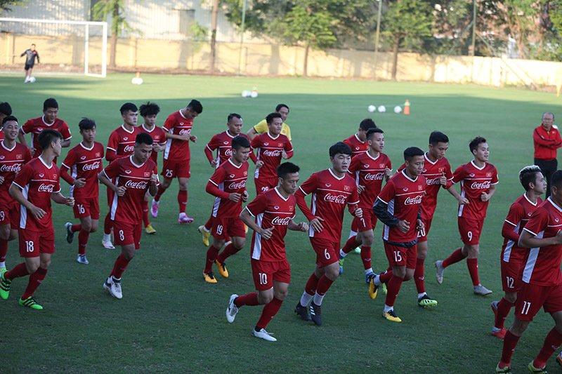 Ông Hải 'lơ': 'Tuyển Việt Nam sợ gì Thái Lan, vô địch AFF Cup thôi!' Ảnh 1