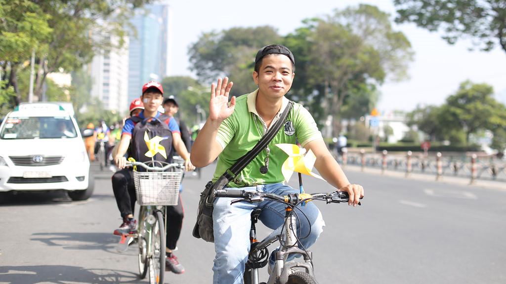 Khám phá Sài Gòn bằng xe đạp Ảnh 1