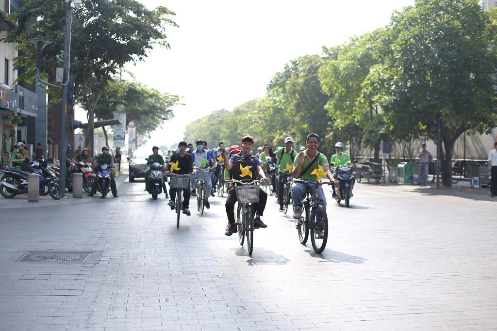 Khám phá Sài Gòn bằng xe đạp Ảnh 2