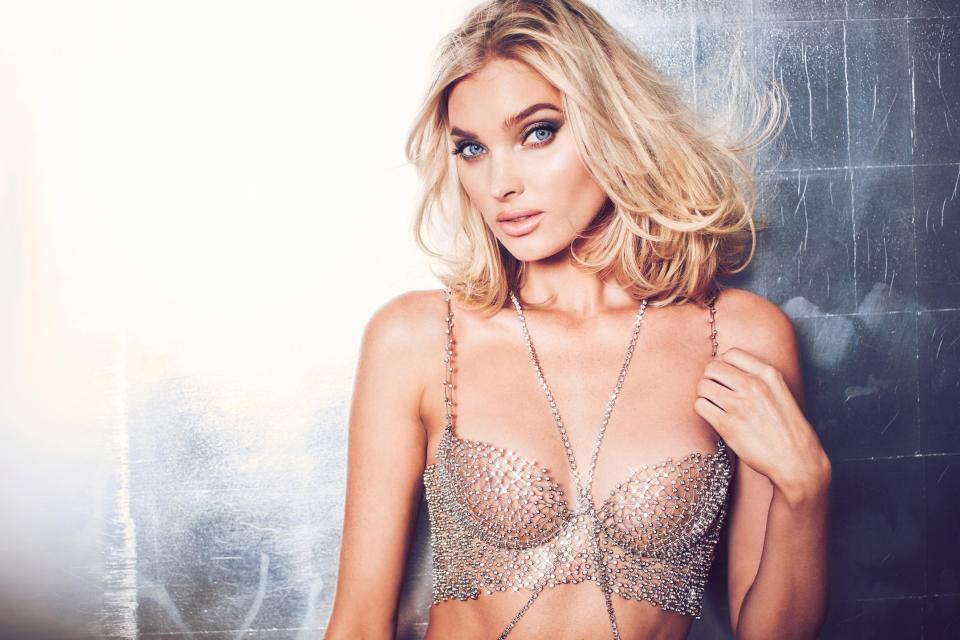 'Thiên thần' Victoria's Secret khoe áo ngực triệu đô trước show diễn Ảnh 1