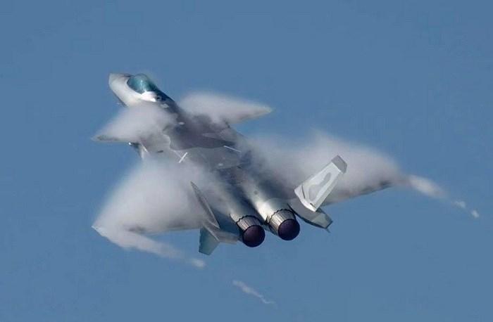 Màn trình diễn của tiêm kích tàng hình J-20 bị coi là 'nỗi thất vọng lớn' Ảnh 4