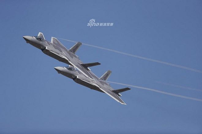 Màn trình diễn của tiêm kích tàng hình J-20 bị coi là 'nỗi thất vọng lớn' Ảnh 13