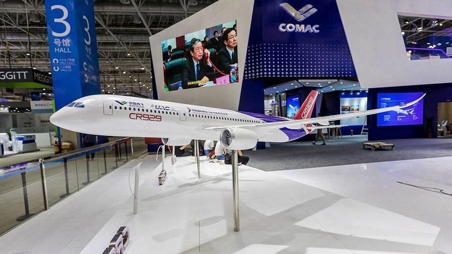 Nga-Trung bắt tay ra mắt mẫu máy bay 'khủng', thách thức Boeing và Airbus Ảnh 1