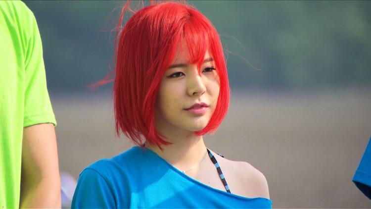 Những ngôi sao xứ Hàn không ngại cắt phăng mái tóc dài quen thuộc để làm mới hình tượng Ảnh 17