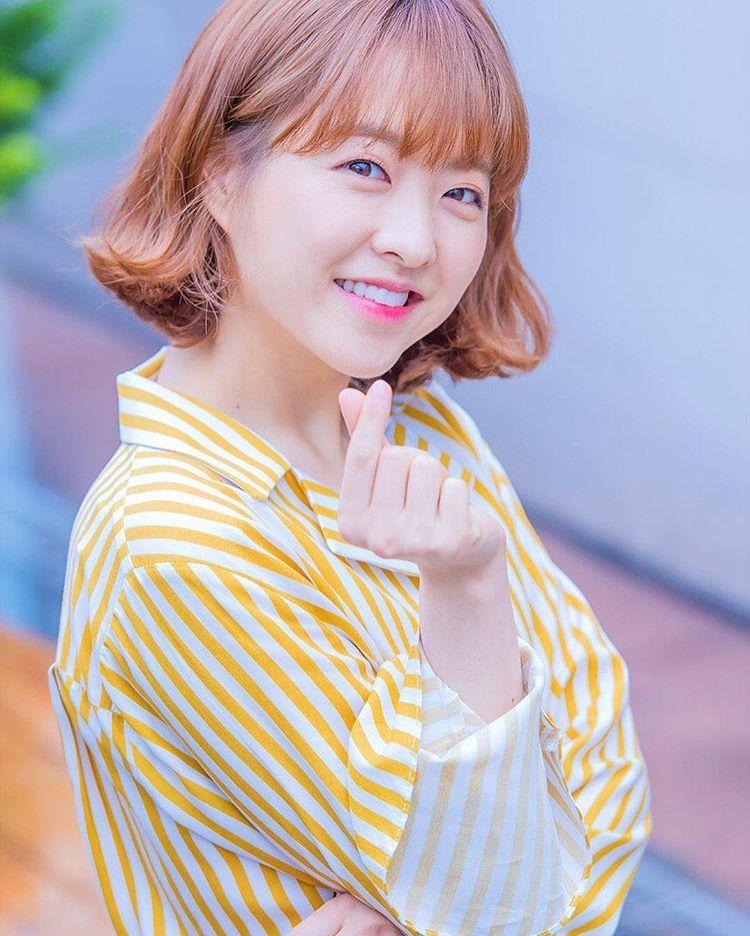Những ngôi sao xứ Hàn không ngại cắt phăng mái tóc dài quen thuộc để làm mới hình tượng Ảnh 2
