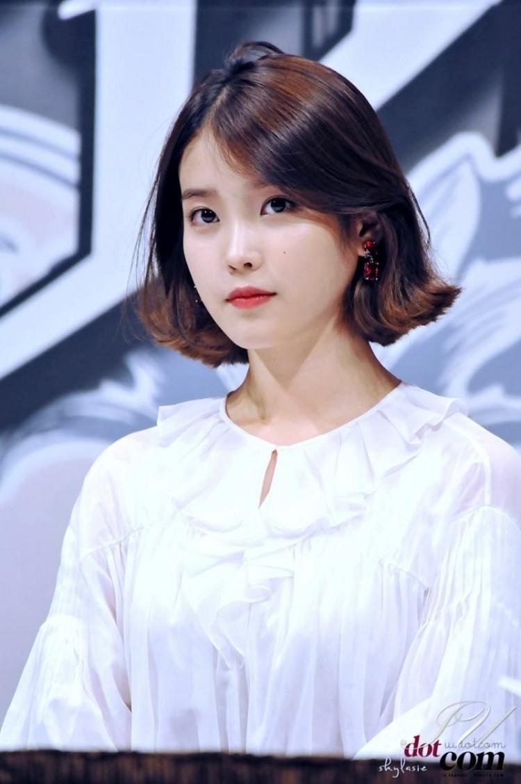 Những ngôi sao xứ Hàn không ngại cắt phăng mái tóc dài quen thuộc để làm mới hình tượng Ảnh 13