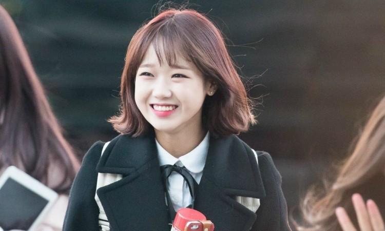 Những ngôi sao xứ Hàn không ngại cắt phăng mái tóc dài quen thuộc để làm mới hình tượng Ảnh 11