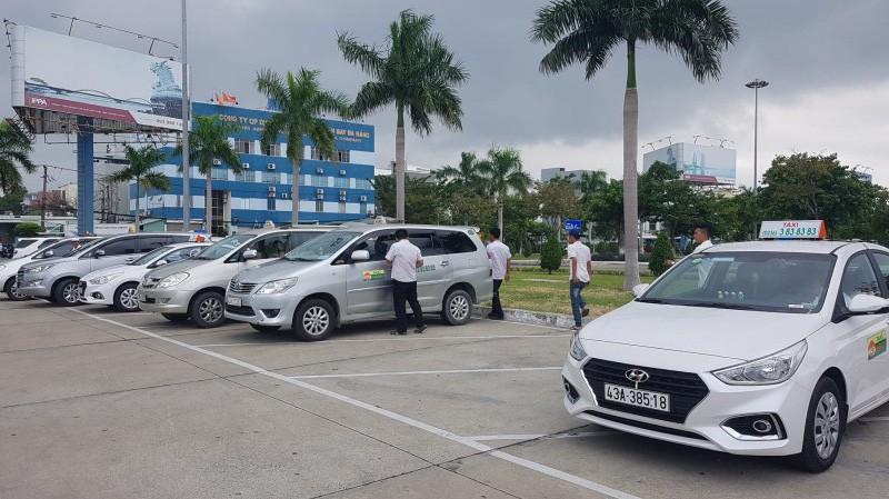 Hiệp hội Vận tải ô tô kêu gọi taxi không đình công phản đối Grab Ảnh 1