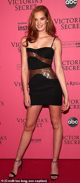 Bella Hadid diện mốt không nội y dự tiệc Victoria's Secret Show Ảnh 14