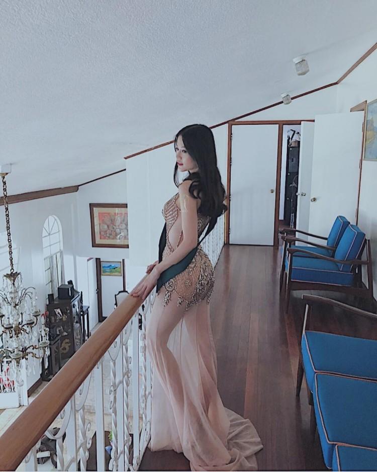 Ngắm cặp đùi 'đá tảng' nóng bỏng giúp Phương Khánh đăng quang Miss Earth 2018 Ảnh 8