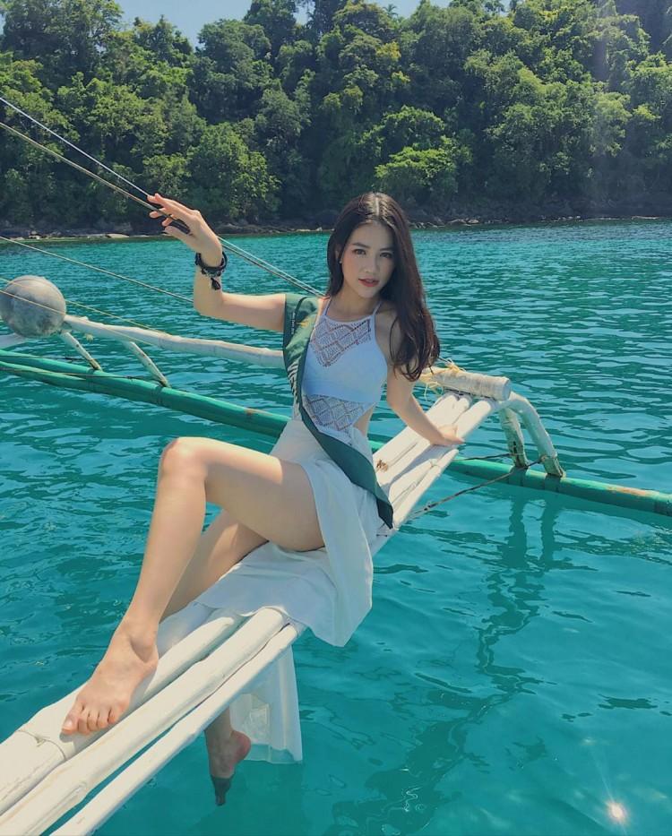 Ngắm cặp đùi 'đá tảng' nóng bỏng giúp Phương Khánh đăng quang Miss Earth 2018 Ảnh 7