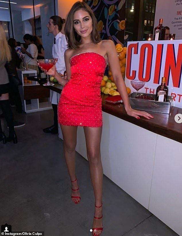 Olivia Culpo đầm đỏ siêu ngắn quá đỗi gợi tình dự tiệc tối Ảnh 8