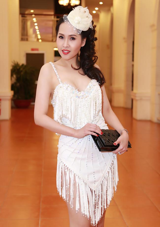 Ngắm thời trang 'gái nhảy' hot nhất màn ảnh thời nào, fan chỉ biết lắc đầu tiếc nuối Ảnh 5