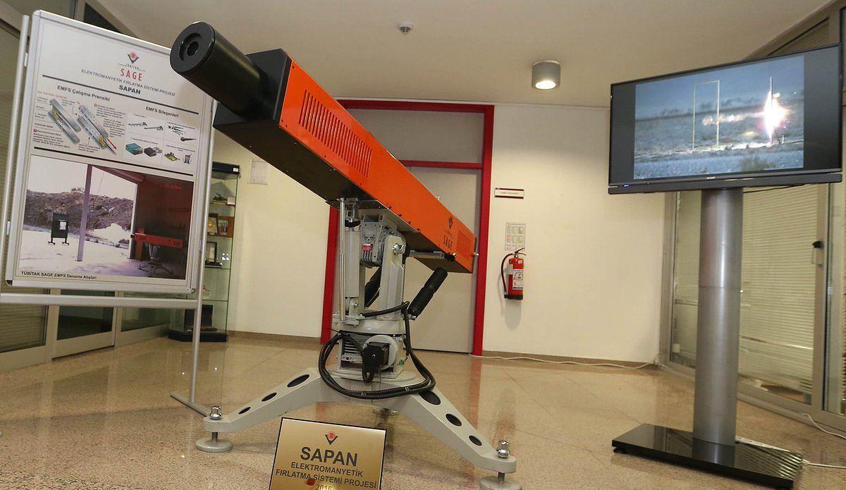 Thổ Nhĩ Kỳ thử súng điện từ nhanh gấp 6 lần vận tốc âm thanh Ảnh 1