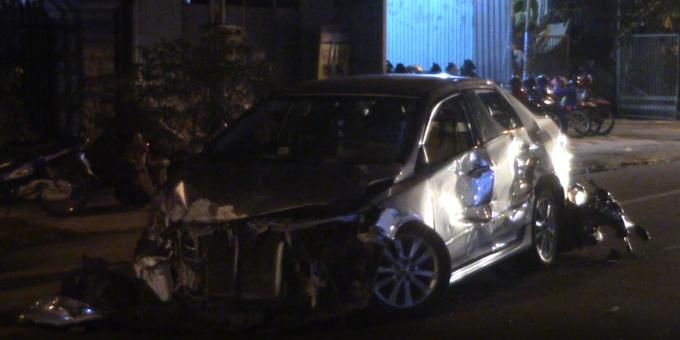 Bình Dương: Tai nạn liên hoàn giữa 5 phương tiện, 3 người bị thương Ảnh 3