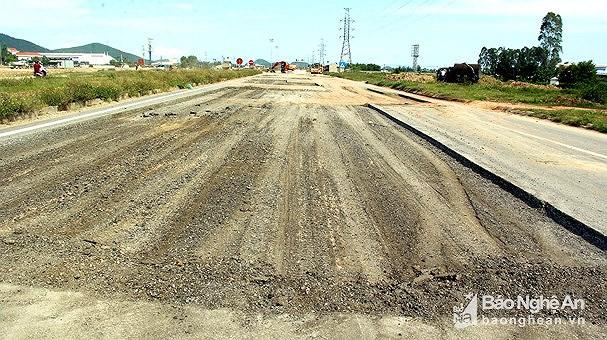 Nghệ An yêu cầu giảm TNGT trên tuyến đường 538B và N5 Ảnh 2