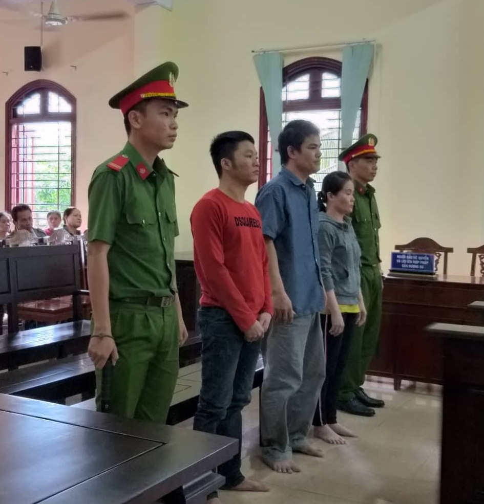 Vợ chồng 'ông bụt' mua bán ma túy lãnh 34 năm tù Ảnh 1