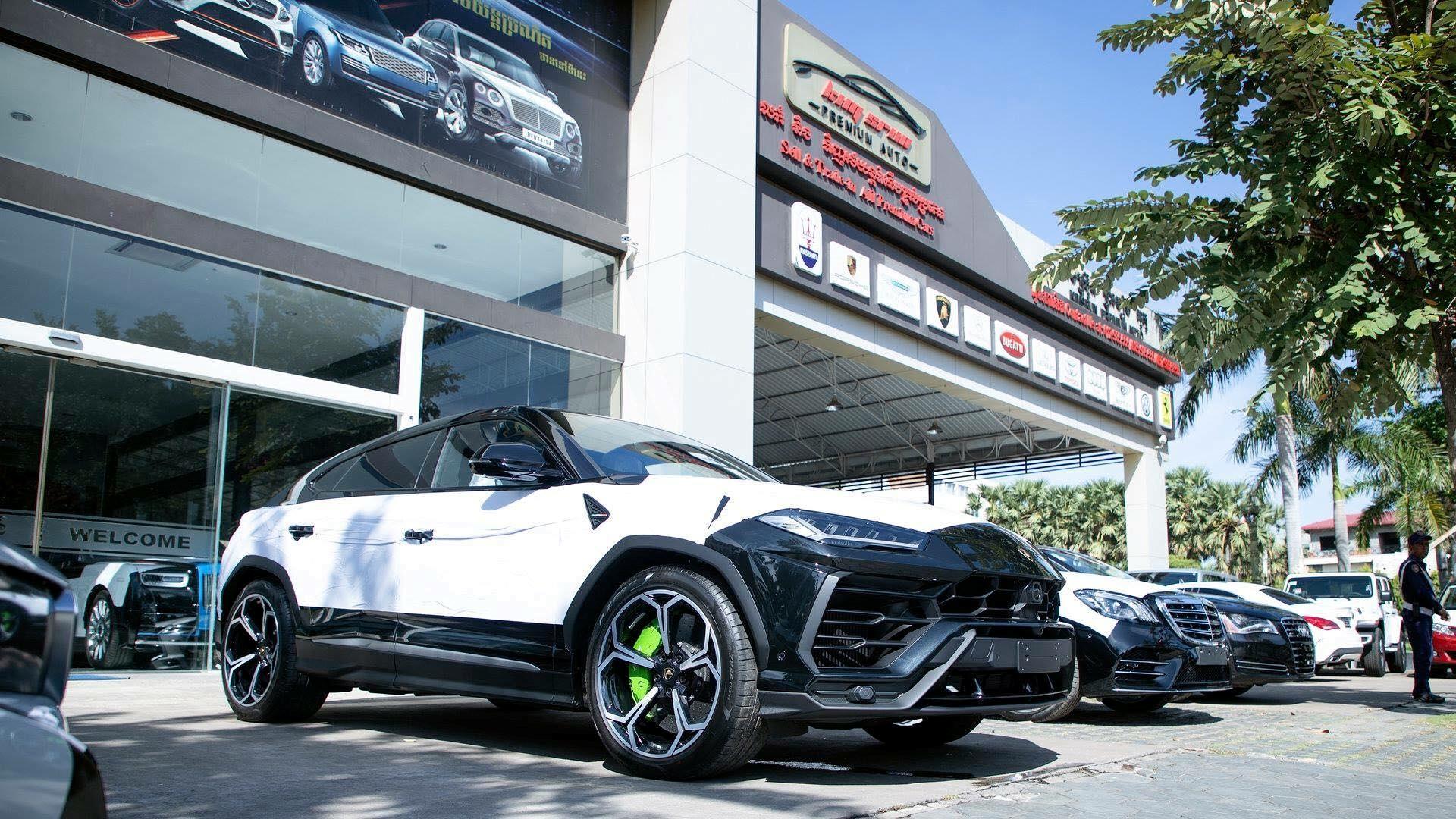 Cận cảnh 'siêu SUV' Lamborghini Urus thứ ba đặt chân đến Campuchia Ảnh 11