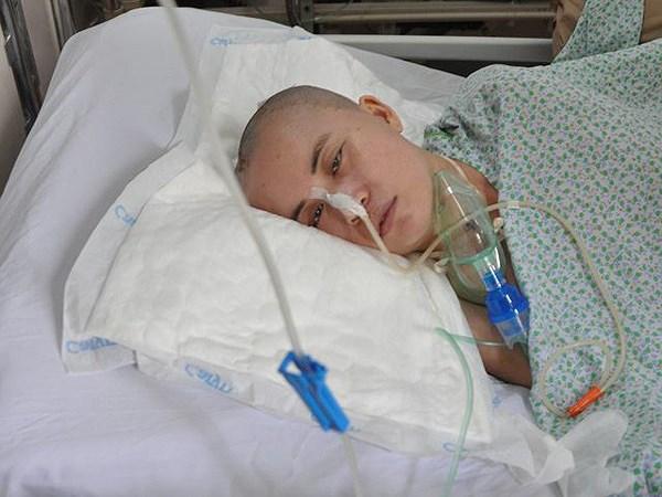Nằm viện 1 tháng tại Bệnh viện Xanh-Pôn, người phụ nữ vô danh không có ai đến nhận Ảnh 1
