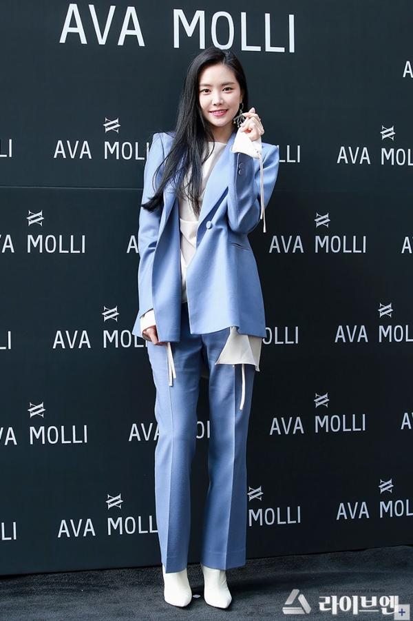 Naeun (APink) sẽ diện style nào dưới đây khi tới Việt Nam? Ảnh 6
