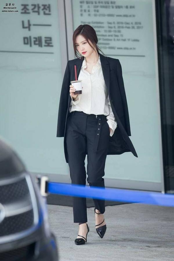 Naeun (APink) sẽ diện style nào dưới đây khi tới Việt Nam? Ảnh 13
