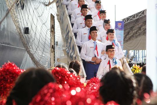 Tàu Nhật Bản chở 326 thanh niên ưu tú đến TP HCM Ảnh 5