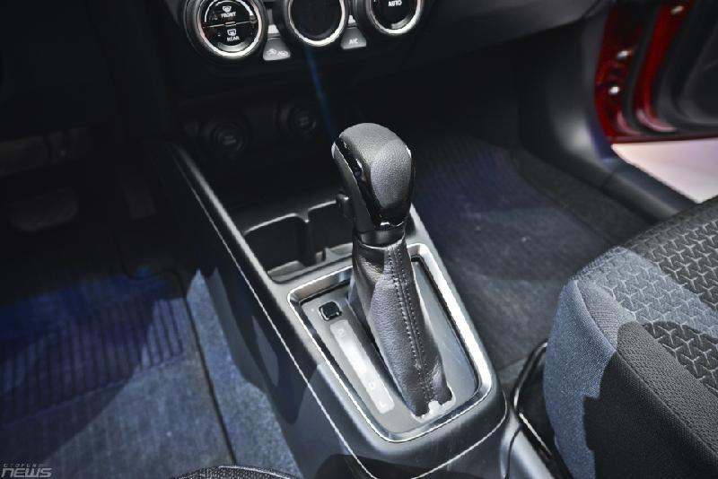 Chi tiết Suzuki Swift 2018 vừa ra mắt Ảnh 13