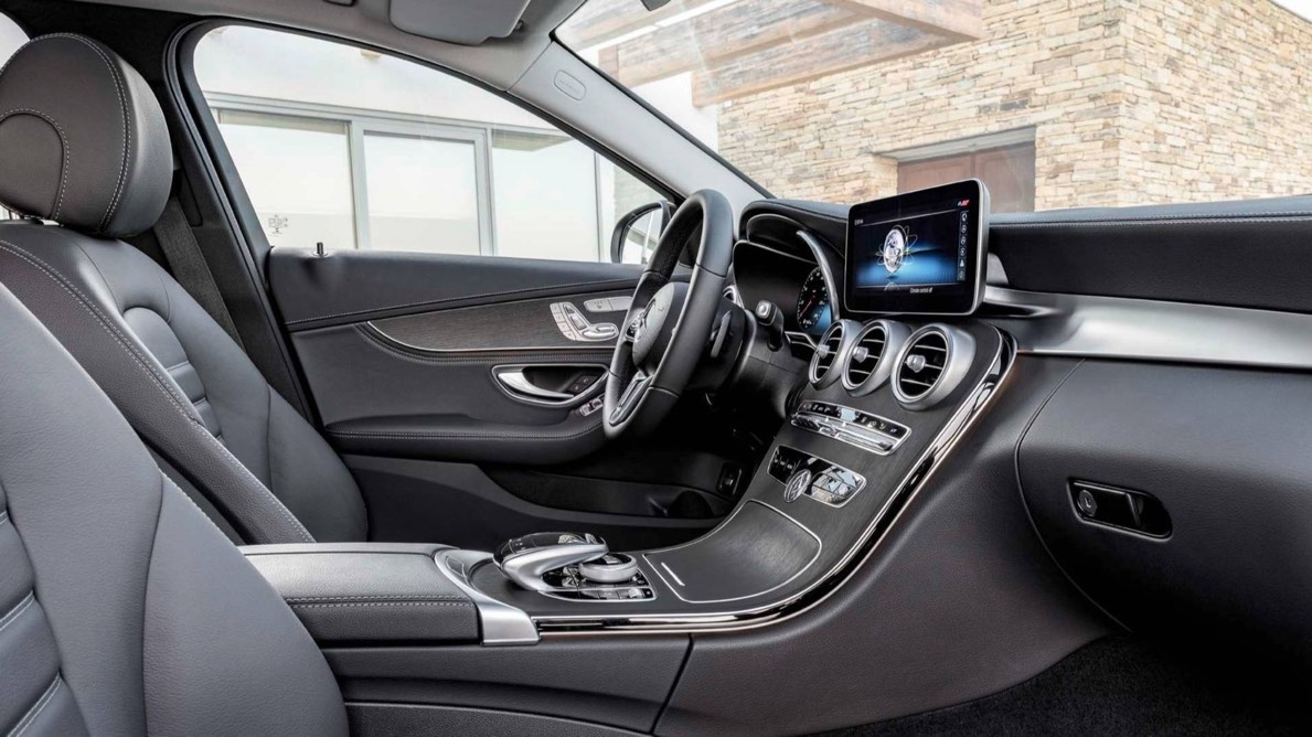 Mercedes C- Class 2019 trình làng với một loạt ứng dụng được nâng cấp Ảnh 1