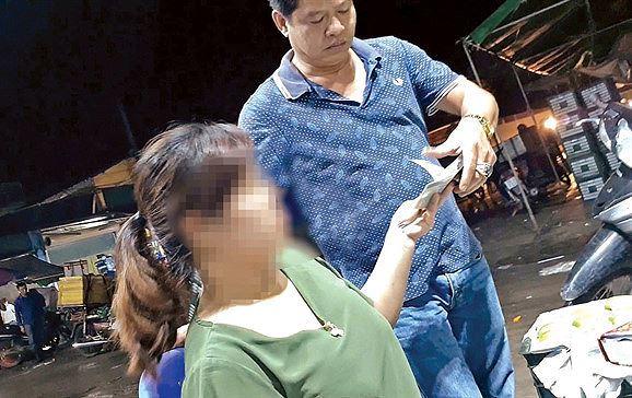 Hà Nội: Sớm xử lý vụ bảo kê chợ Long Biên ảnh 1