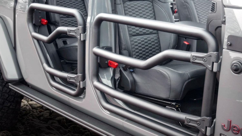Lạ lẫm với 'lính chiến' bán tải Jeep Gladiator 2020 Ảnh 11