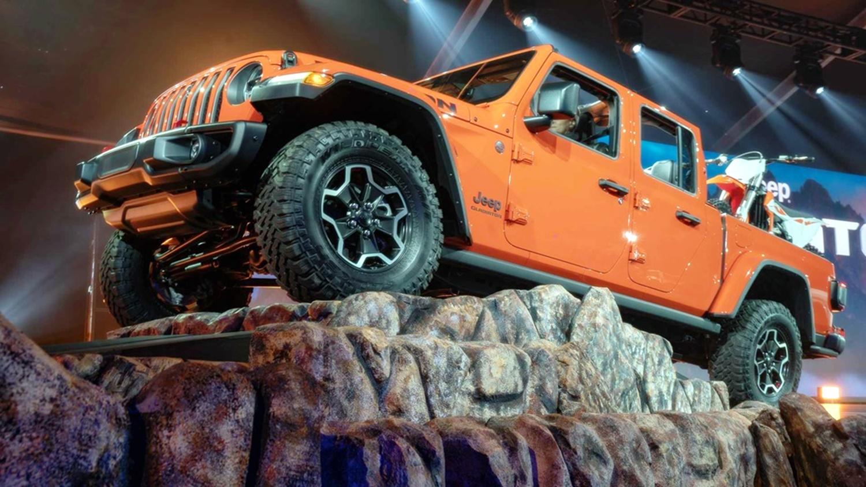 Lạ lẫm với 'lính chiến' bán tải Jeep Gladiator 2020 Ảnh 2
